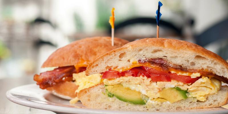 Sandwich Pose